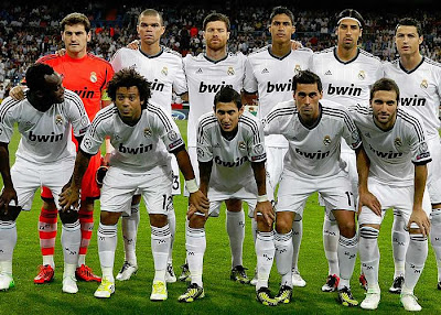 REAL MADRID TEAM PHOTO 2012