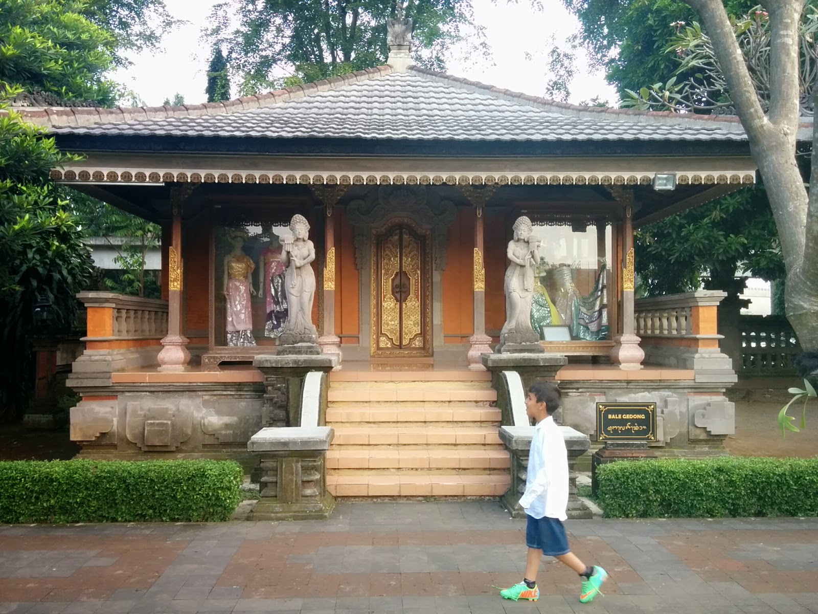 things to do in bali spending holiday with kids