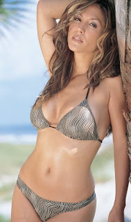 Hot Sports Presenter Leeann Tweeden