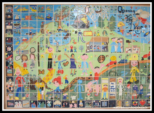 photo of: Ceramic Quilt via RainbowsWithinReach Quilt RoundUP