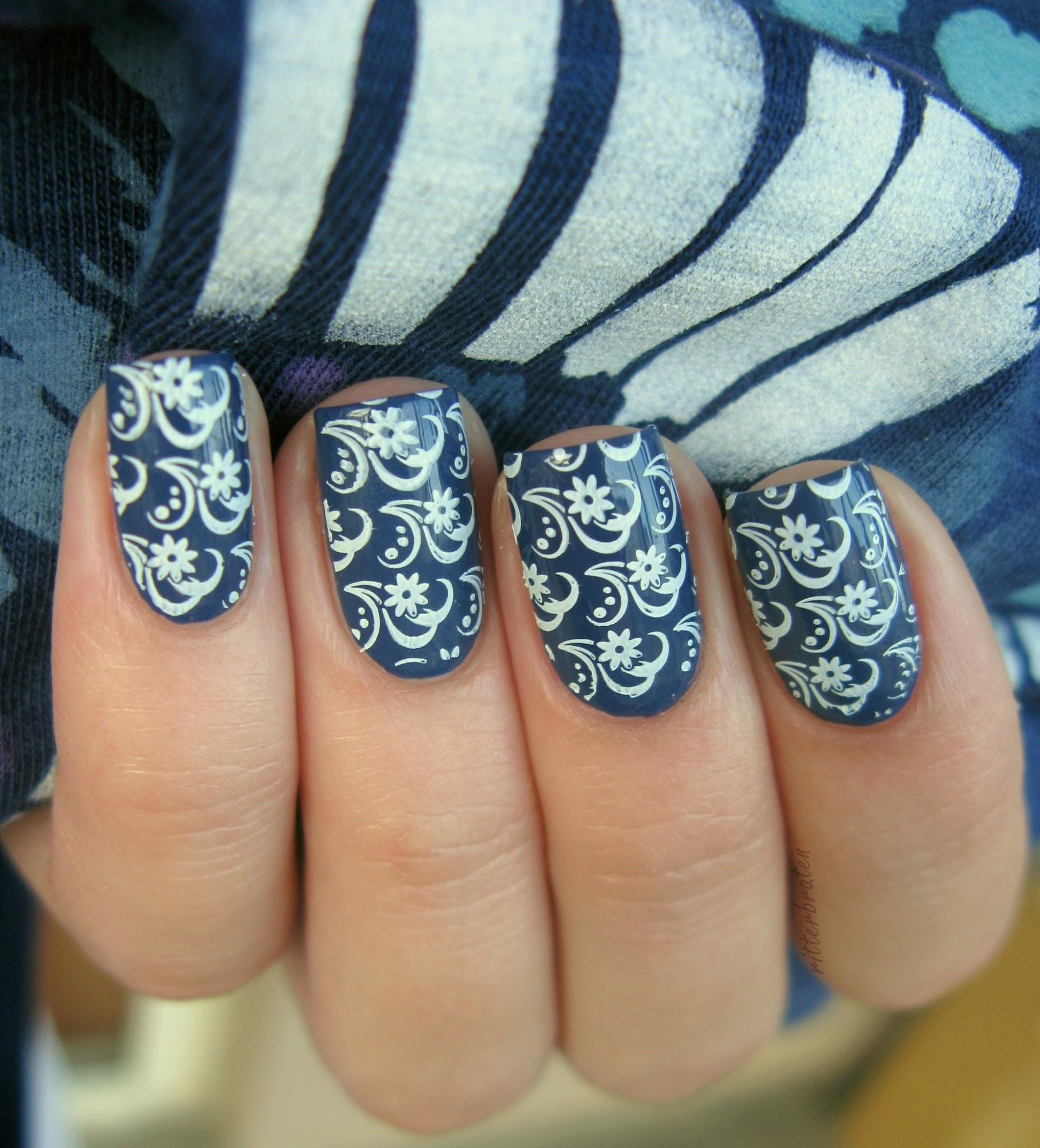 marine nail design