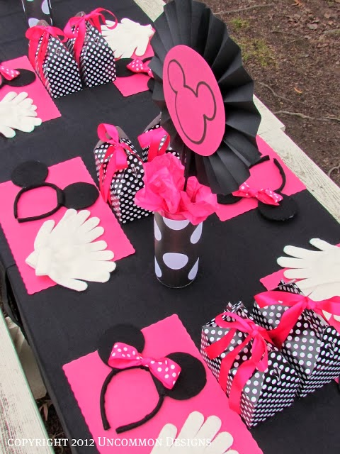 DIY Beautiful Minnie Party. Decoration Ideas.