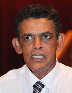 Gambar Datuk Freddie Fernandez Presiden Karyawan