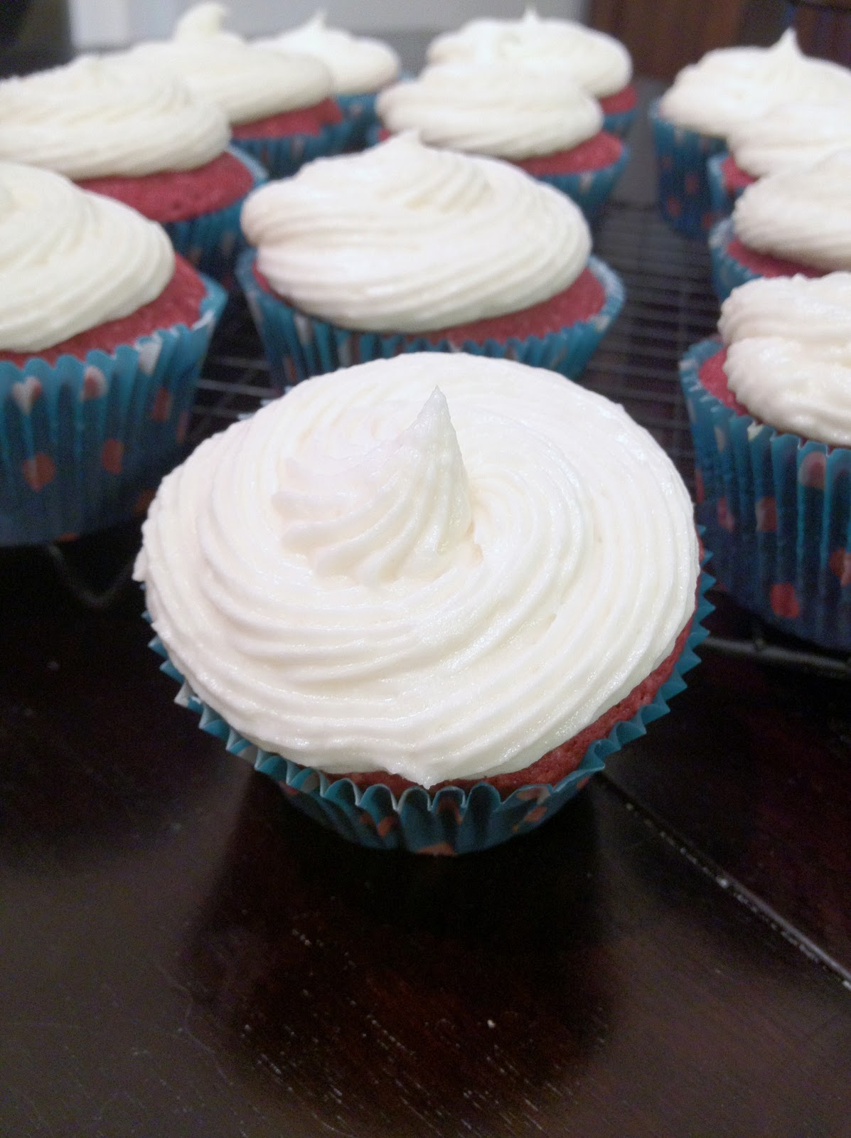 A Love for Cupcakes: SoCo Red Velvet Cupcakes
