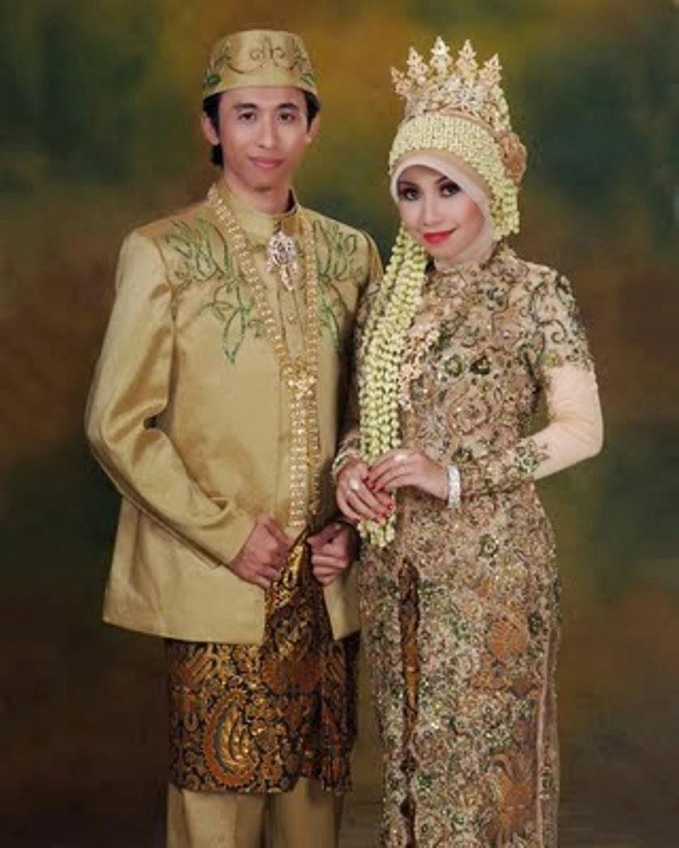 Kebaya pengantin muslim modern warna coklat mewah