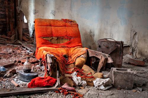 sofa_decay
