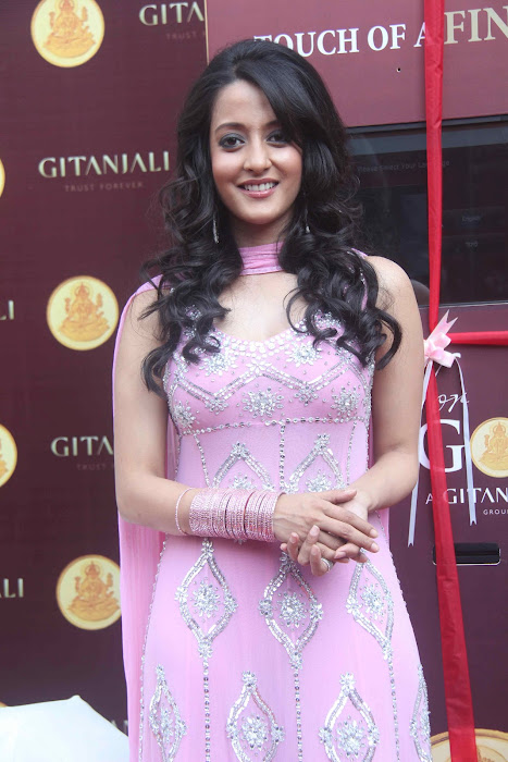 raima sen very event shoot hot images