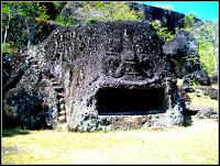 Gua Selomangleng bagian depan