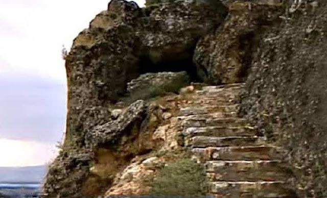 Οι «Πόρτες Ολύμπου» και το ενδιαφέρον της NASA (Σπήλαιο Τσακαλόπετρας)