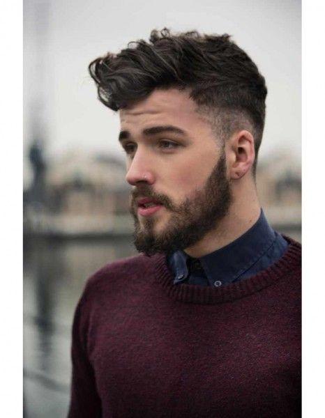 Belle coupe de cheveux long homme