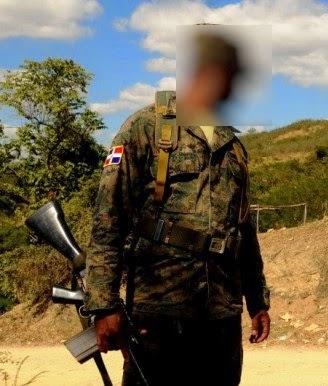 """En San Juan: Guardia RD intenta hacer """"capù y no te abaje"""" mujer con $500"""