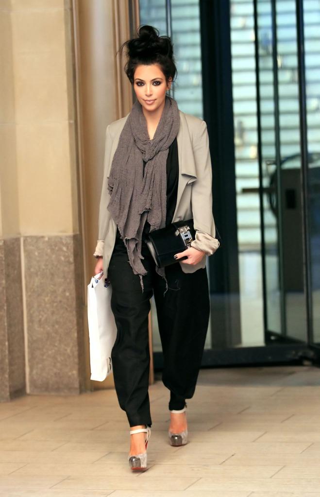 kim kardashian 2011 pictures