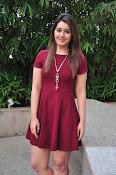 Rashi Khanna latest sizzling pics-thumbnail-3