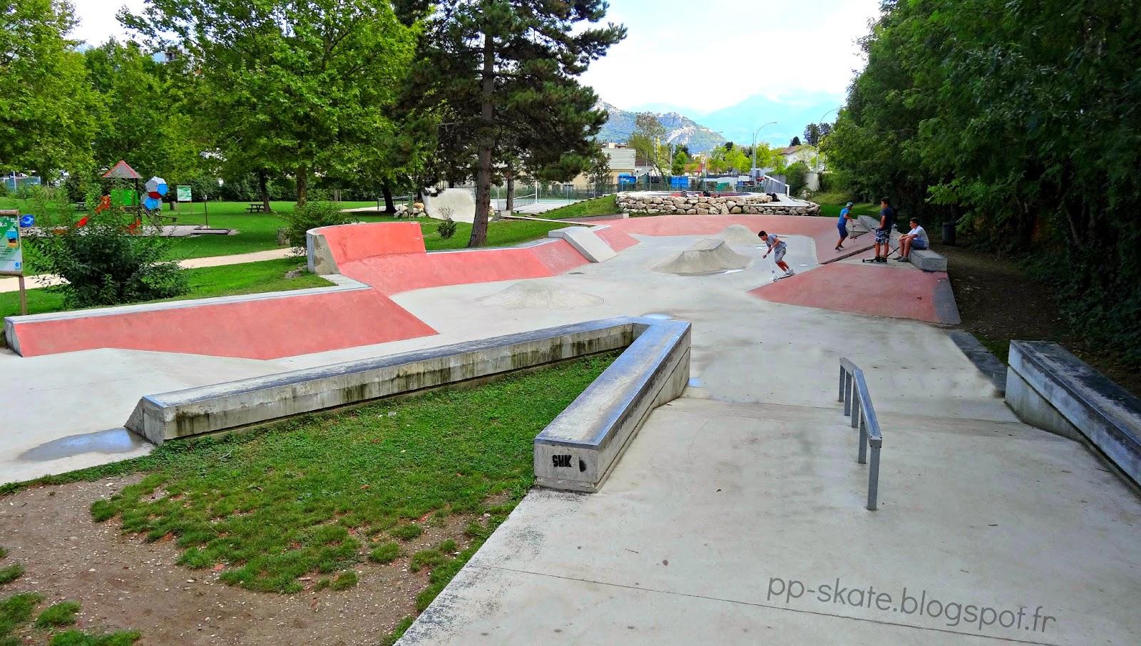 Skatepark parc poya