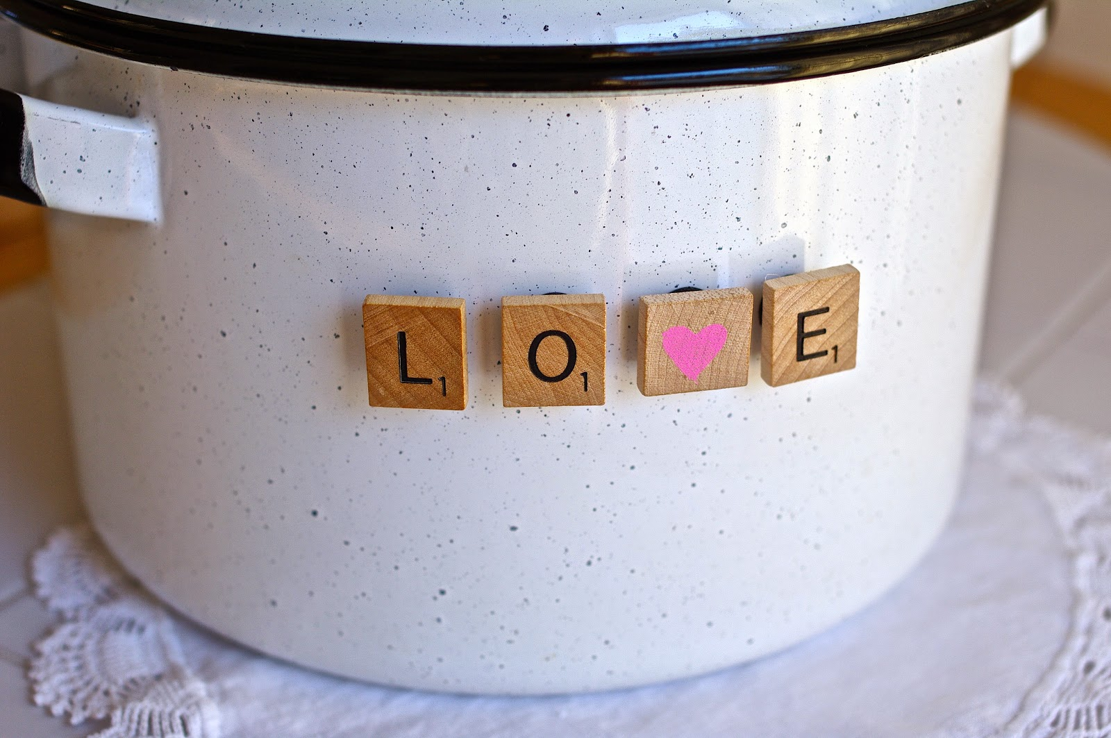 how to make love message magnets from recycled scrabble game letters
