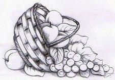 cesta com frutas e uvas