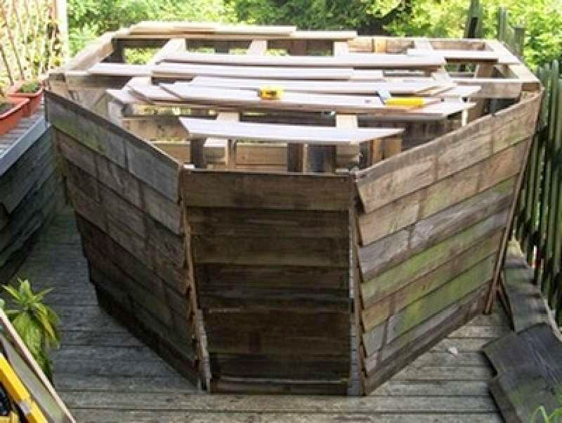 Un barco pirata hecho con palets - Estructuras con palets ...