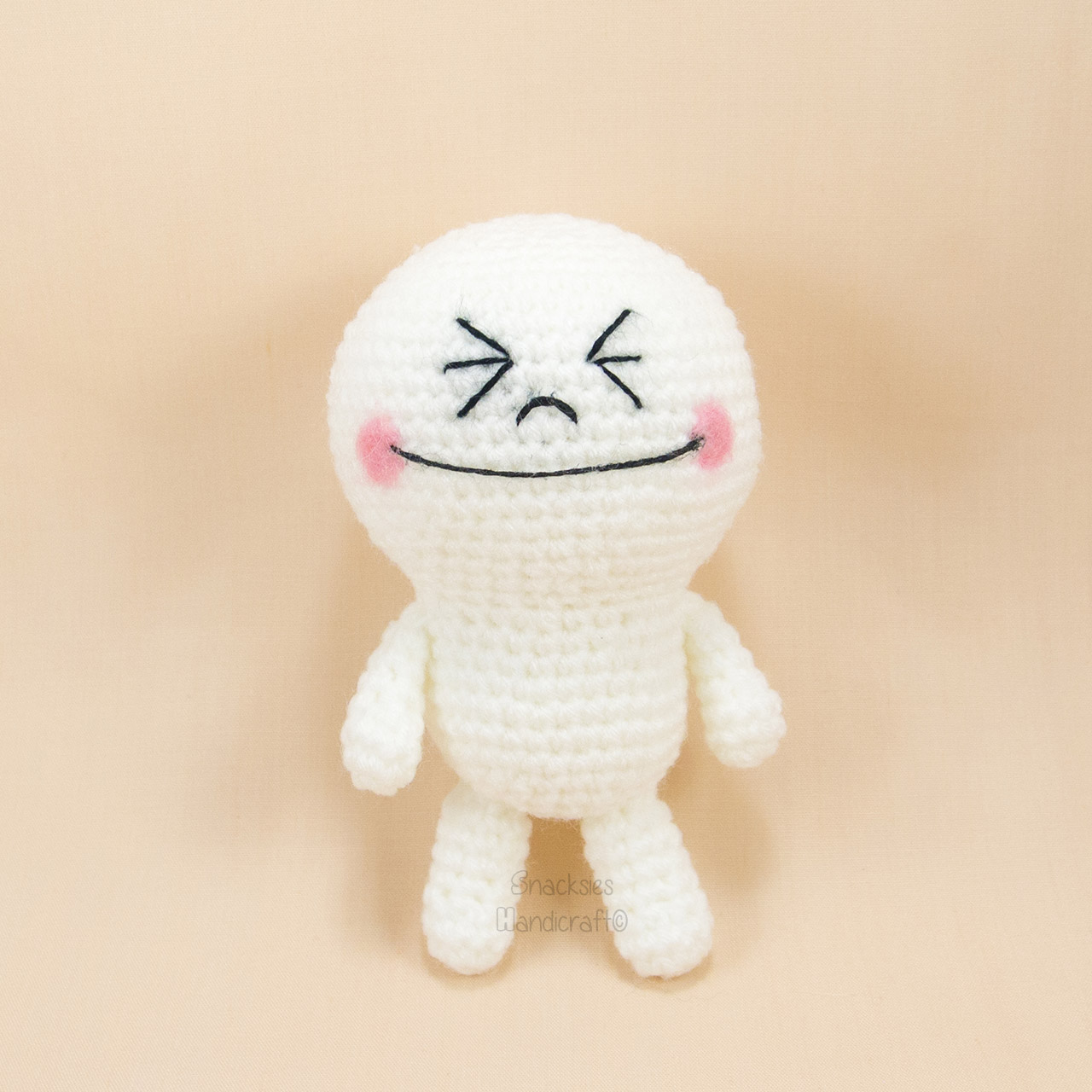 crocheted-line-moon-amigurumi