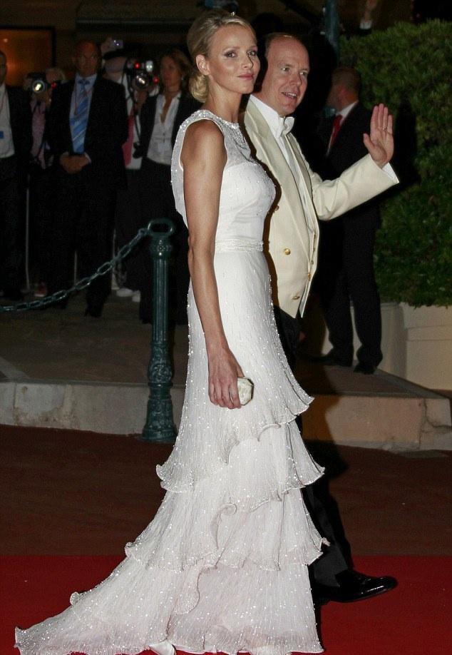 ROYAL COUTURE.....Prince Albert Charlene Monaco: Wedding Dinner Red ...
