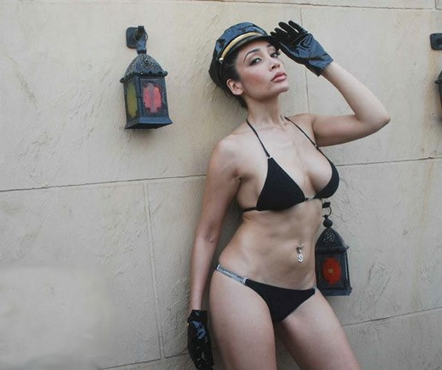 White hot breast nud