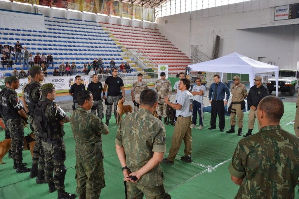 Equipes dos estados do Rio, São Paulo e do Amapá participam do 1º Encontro de Unidades K9 em Teresópolis