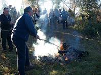 Cuidant el foc per fer una bona brasa