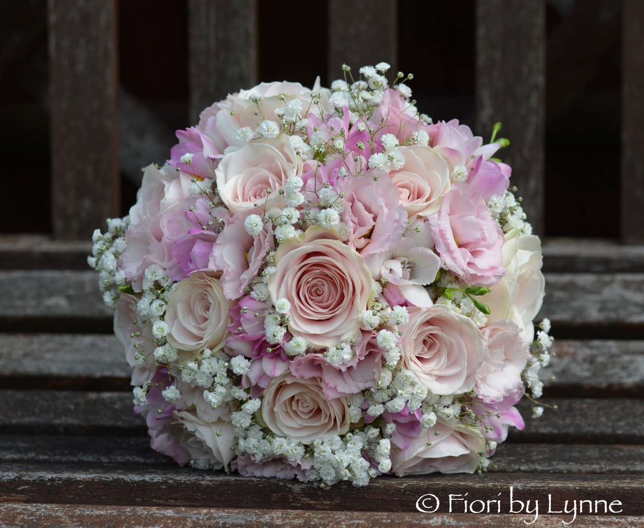 Wedding Flowers Blog Lauras Romantic Pink And White Wedding