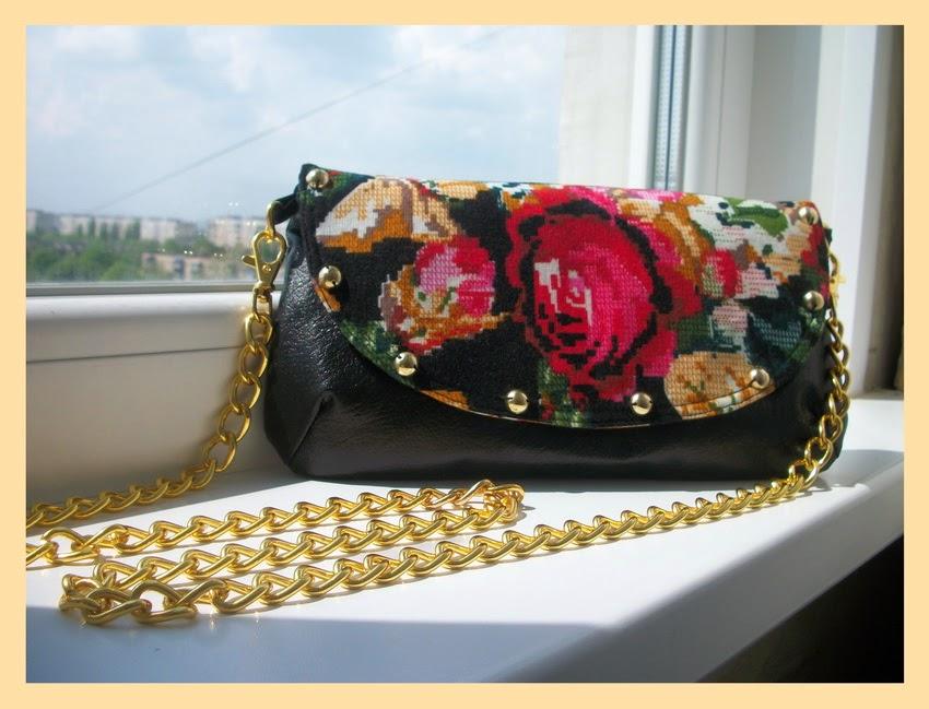 маленькая сумочка ручной работы с розами