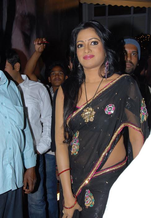 udaya bhanu saree glamour  images
