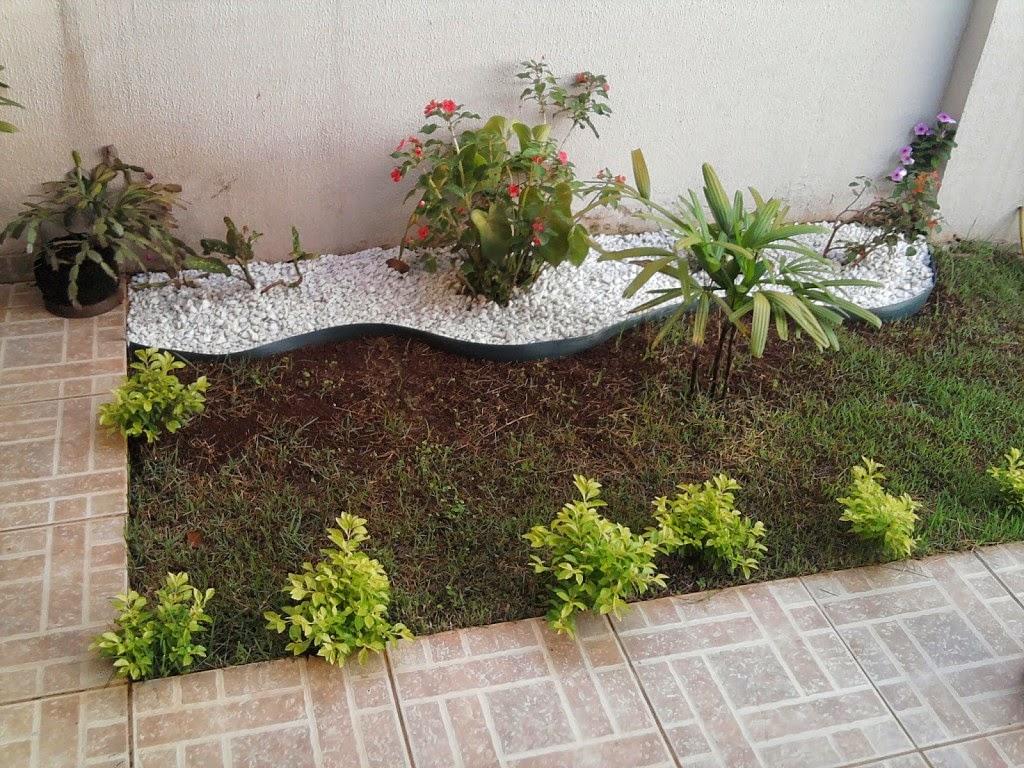 Como fazer um jardim barato no quintal # jardim no quintal simples