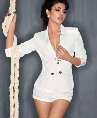 Glamorous Beautiful Hot Actress Priyanka Chopra