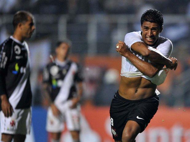 Corinthians elimina Vasco da Libertadores com gol no fim e volta à semi