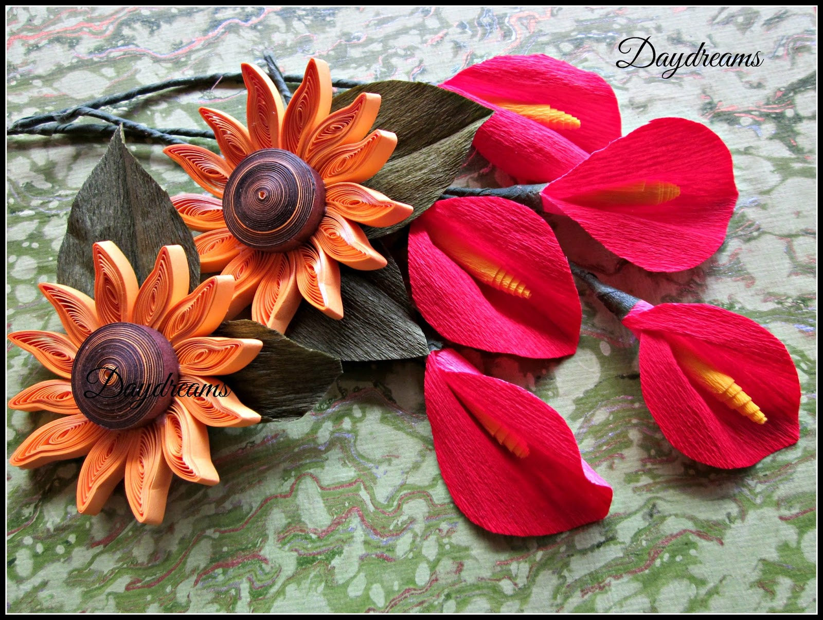 Daydreams wedding plates with quilling for Arathi thattu decoration