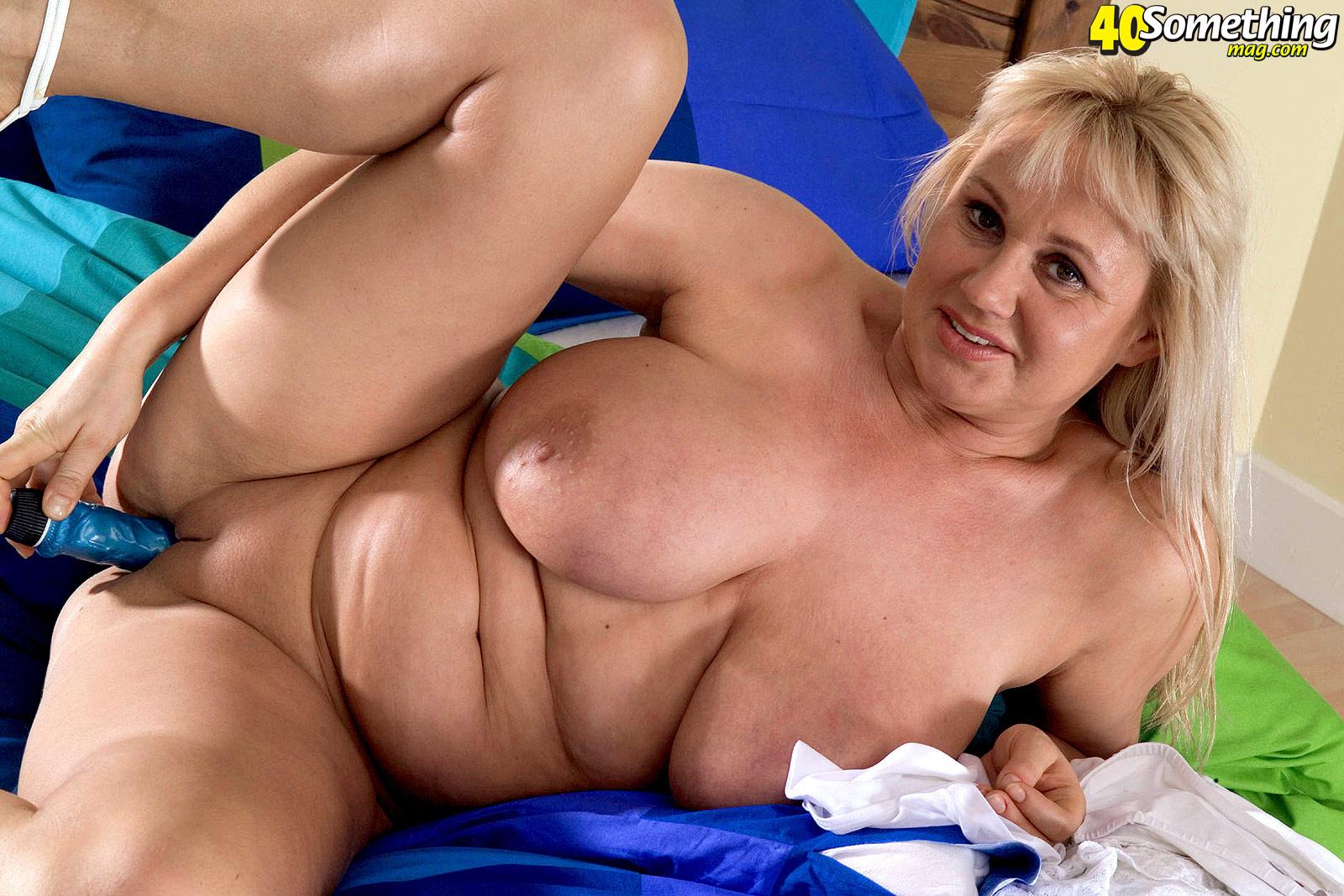 seks-molodih-s-60-letnimi