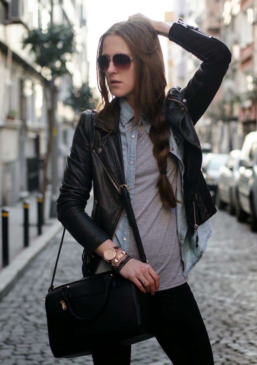 streetstyle, fashionblogger, grey top outfit, horses printed top , aviator gold sunglasses , mango sunglasses, michael kors watch , streetstyle istanbul , neon rock katerina k, long hair, braid hair outfit ,
