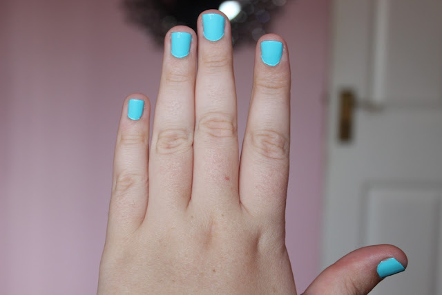 Bourjois 1 Second Gel Polish In Blue No Blues