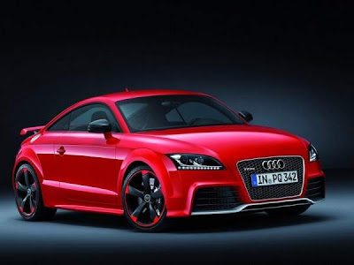 2013-Audi-TT-RS-Hot-Car-Front-Side