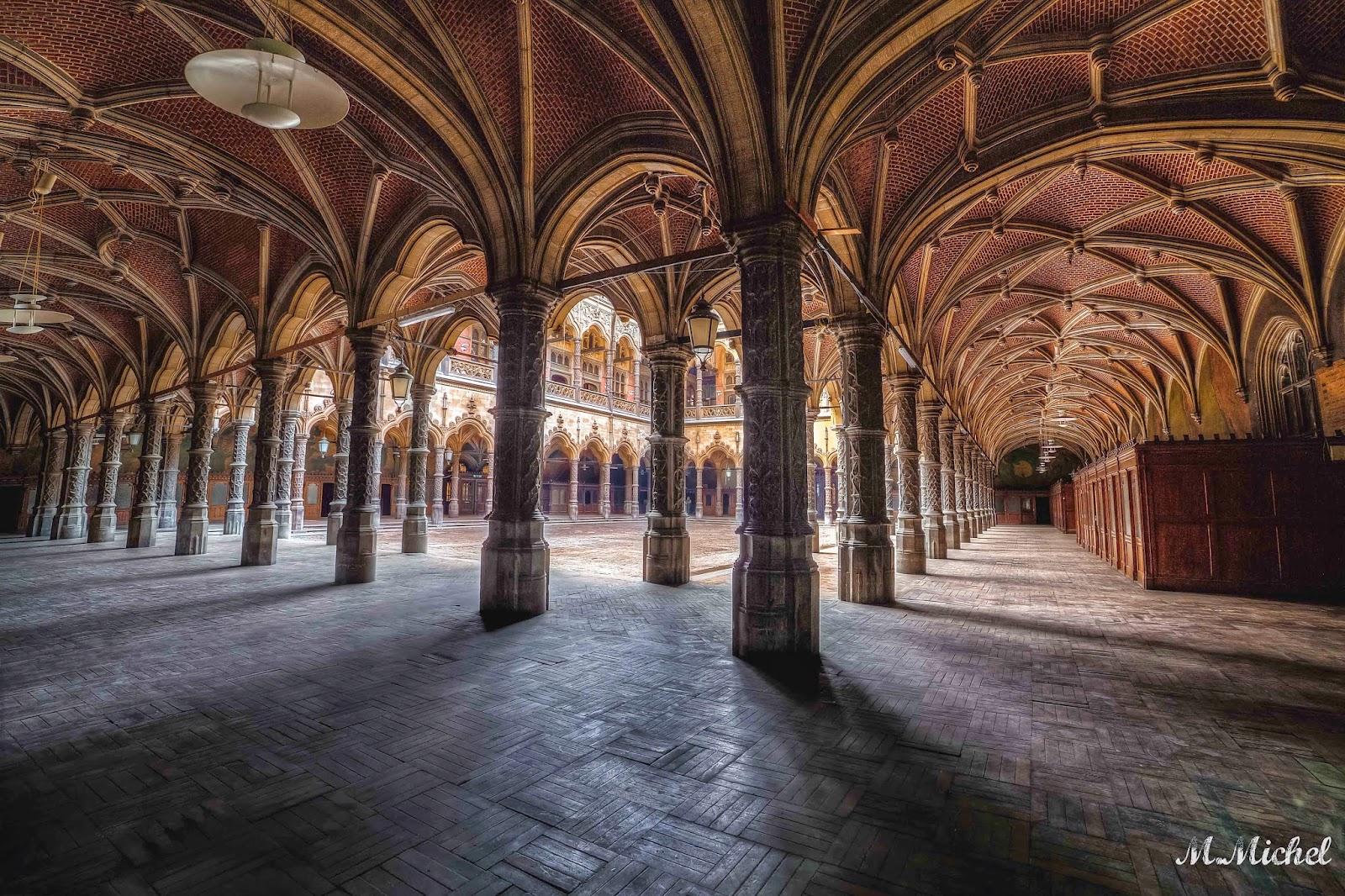 Plus qu 39 un simple clich une photo la chambre du commerce urbex - Chambre du commerce evry ...