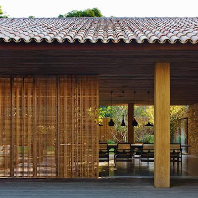 Rumah Tropis Gaya Etnik