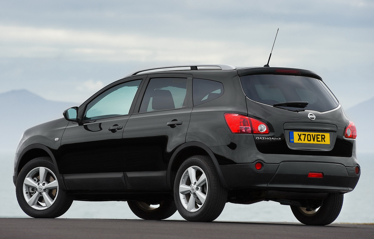2012 nissan qashqai cars preview and specs. Black Bedroom Furniture Sets. Home Design Ideas