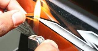 Berikut Tips Dan Cara Cara Melepas Stiker Motor Dengan Mudah dan Cepat