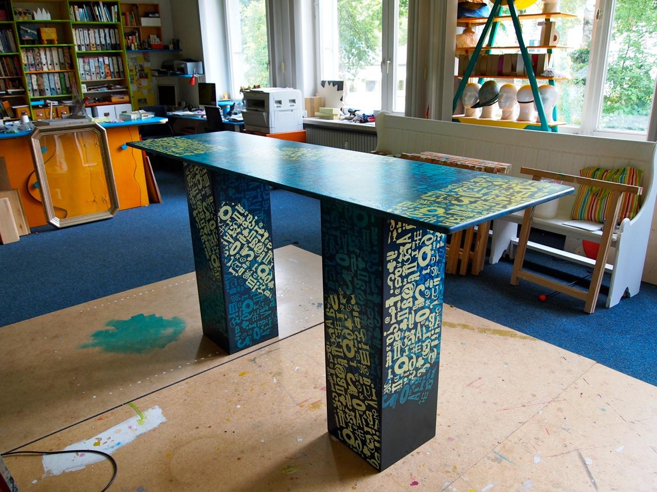 raum m belkunst einfache bauanleitung f r einen arbeitstisch. Black Bedroom Furniture Sets. Home Design Ideas