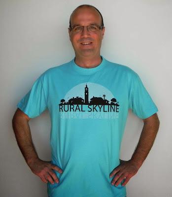 http://www.lamudacamisetas.com/24-rural-skyline-la-muda-camisetas.html