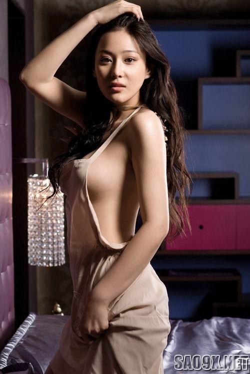 Vẻ đẹp nóng bỏng của An Tâm Á: mỹ nhân dính scandal sex
