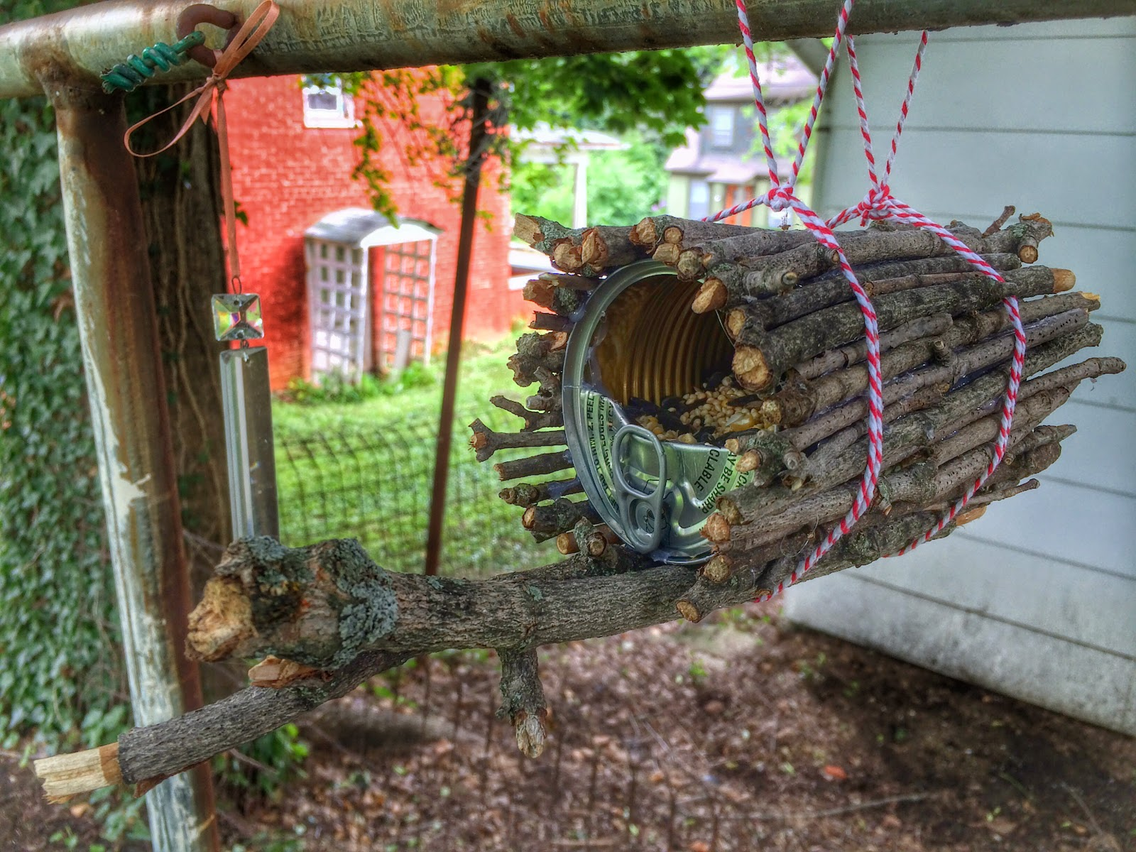 our beautifully messy house diy tin can bird feeder 2