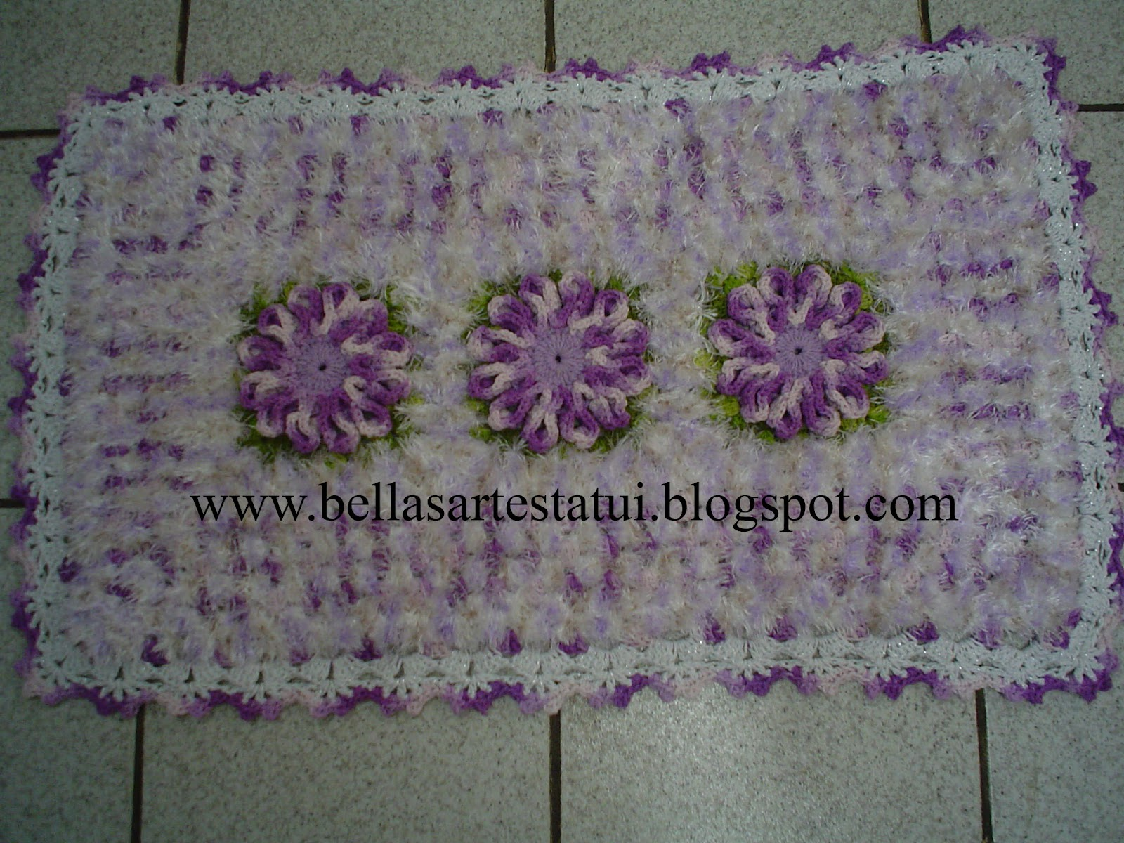 bellas artes tatui tapete croche flor delicada com. Black Bedroom Furniture Sets. Home Design Ideas