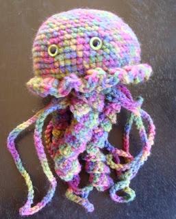 http://translate.googleusercontent.com/translate_c?depth=1&hl=es&rurl=translate.google.es&sl=en&tl=es&u=http://www.nyanpon.com/2014/03/jellyfish.html&usg=ALkJrhjF_vQLv3zn9NJly-ooideS-njGWA
