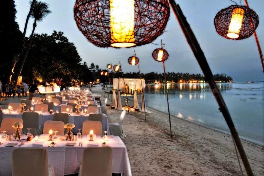 Matrimonio In Spiaggia Di Sera Come Vestirsi : Biancoconfetto wedding planner matrimonio in spiaggia