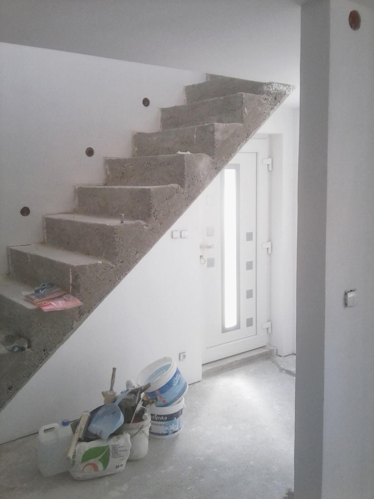 remont starego domu schody ściany wylewka murator