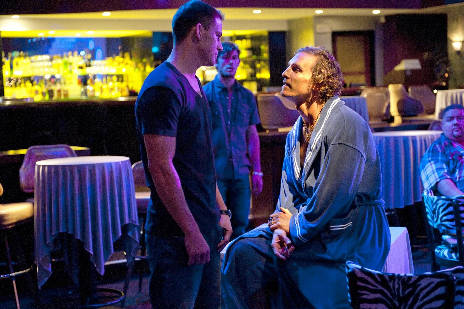 http://4.bp.blogspot.com/-jFC1vYF5ois/T9EVUSdy_iI/AAAAAAAAD8c/Wwk5BgPzGmg/s1600/Matthew-McConaughey-Magic-Mike-5.jpg